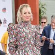 Kaley Cuoco - Les acteurs de The Big Bang Theory laissent leurs empreintes sur le ciment lors d'une cérémonie au Chinese Theatre à Hollywood, Los Angeles, le 1er mai 2019.