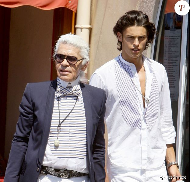 Karl Lagerfeld et Baptiste Giabiconi à Saint-Tropez. Août 2009.