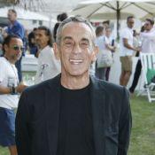 Thierry Ardisson assigne C8 en justice trois mois après son départ
