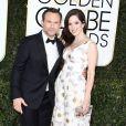 Christian Slater et sa femme Brittany Lopez - 74e cérémonie annuelle des Golden Globe Awards à Beverly Hills. Le 8 janvier 2017.