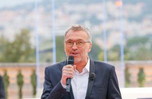 Laurent Ruquier : Le torchon brûle avec France 2 ? Il met les choses au clair