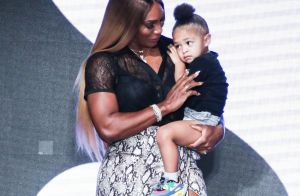 Serena Williams avec sa fille Olympia, intimidée, pour son grand défilé