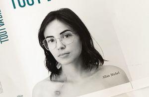 Agathe Auproux guérie du cancer : Sa cicatrice visible sur la couv' de son livre