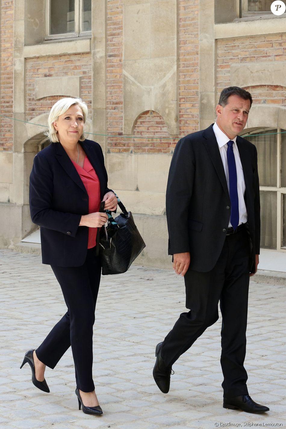 Marine Le Pen et son compagnon Louis Aliot - Députés et sénateurs arrivant lors de la réunion du Parlement en Congrès au château de Versailles, le 3 juillet 2017. © Stéphane Lemouton/Bestimage