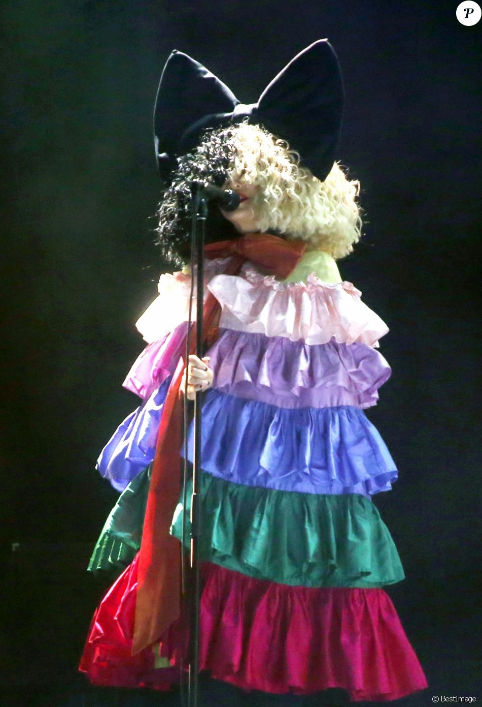 "SIA à la soirée LGBT ""Hearts Of Gold"" à Los Angeles Le 21 septembre 2019."