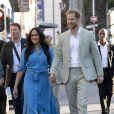 """Le prince Harry et Meghan Markle, en robe Veronica Beard, visitent le quartier de Bo Kaap dit """"Cape Malay"""" au Cap, Afrique du Sud, le 23 septembre 2019."""