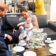 Le prince Harry et Meghan Markle, en robe Club Monaco, avec leur fils Archie ont rencontré l'archevêque Desmond Tutu et sa femme à Cape Town, Afrique du Sud. Le 25 septembre 2019