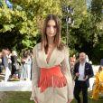 Emily Ratajkowski assiste au défile de mode Jacquemus, collection prêt-à-porter printemps-été 2019 à l'ambassade d'Italie à Paris le 24 septembre 2018. © CVS / Veeren / Bestimage