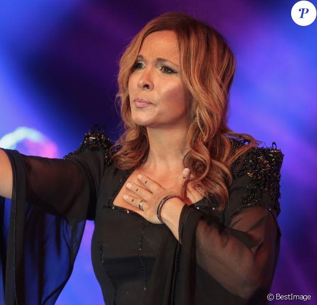 Hélène Ségara en concert à la Fête du Kiosque à Croix dans le nord de la France, où elle a terminé en duo avec Jean-Baptiste Guégan, la voix de Johnny Hallyday. Le 13 septembre 2019