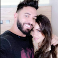 Nabilla partage une photo avec Thomas après son accouchement le 11 octobre 2019.