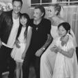David Hallyday avec ses soeurs Jade et Joy, son père Johnny Hallyday et sa belle-mère Laeticia Hallyday sur une photo publiée sur Instagram en juin 2017.