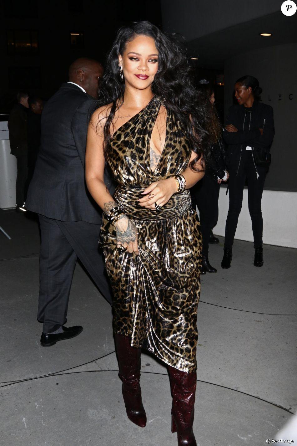 Rihanna Au Musee Solomon R Guggenheim Pour Le Lancement De