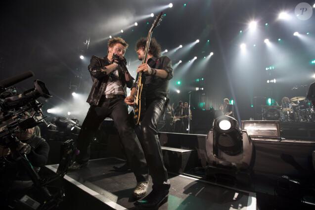 """Exclusif - Greg Zlap et Yarol Poupaud - Premier concert de la tournée """"Born Rocker Tour"""" de Johnny Hallyday au POPB de Bercy à Paris. Le 14 juin 2013"""