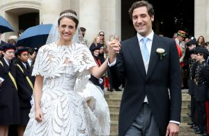 Mariage du prince Napoléon et Olympia : robe audacieuse et tendre complicité