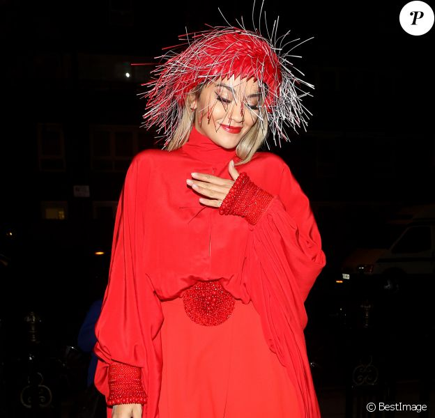 """Rita Ora à la sortie de la soirée """"Cartier London Celebration"""" au Chiltern Firehouse à Londres, le 21 octobre 2019.21/10/2019 - Londres"""