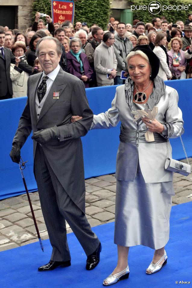 Henri d'Orléans et sa femme (au civil) Micaela Cousino seront unis religieusement le 26 septembre 2009