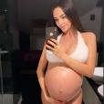 Nabilla Benattia, enceinte de son premier enfant, pose sur Instagram, le 26 septembre 2019