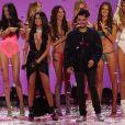 Behati Prinsloo, Lily Aldridge, Alessandra Ambrosio, Selena Gomez (collier Silk Messika Haute Joaillerie), The Weekend au Défilé de mode de Victoria's Secret à Lexington Avenue Armory à New York, le 10 novembre 2015