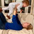 Sylvie Tellier et son plus jeune fils, Roméo, sur Instagram le 14 octobre 2019.