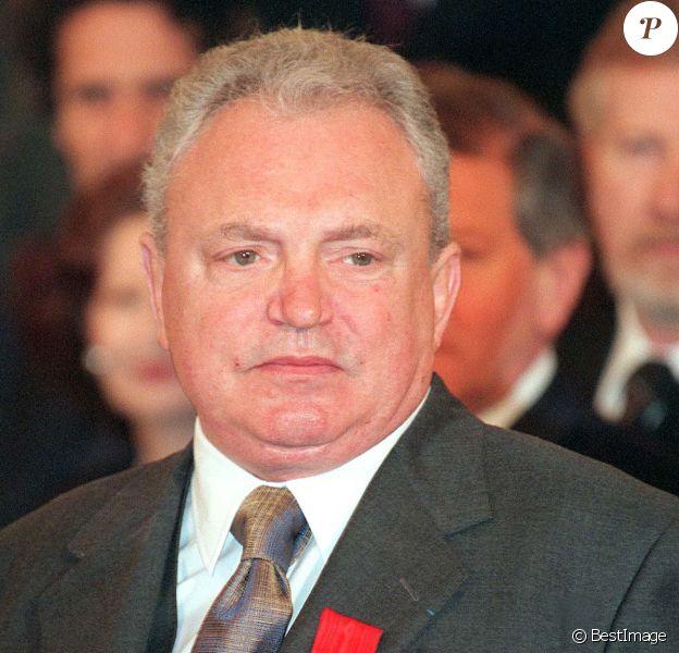 Jacques Martin décoré de la Légion d'honneur. Le 29 mars 1999.