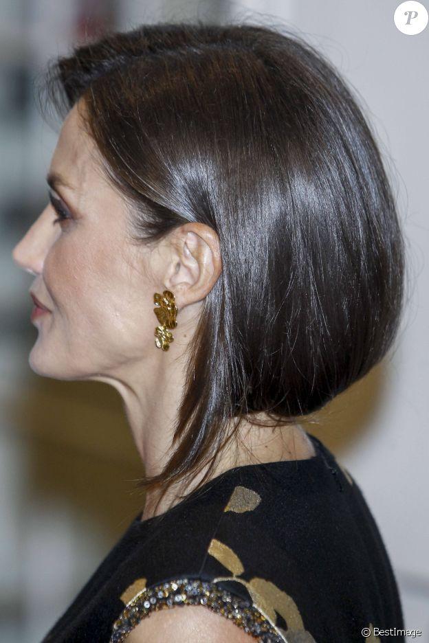 """La reine Letizia d'Espagne à la cérémonie des """"Franscico Crecedo Journalism Awards"""" à Madrid, le 28 novembre 2019."""