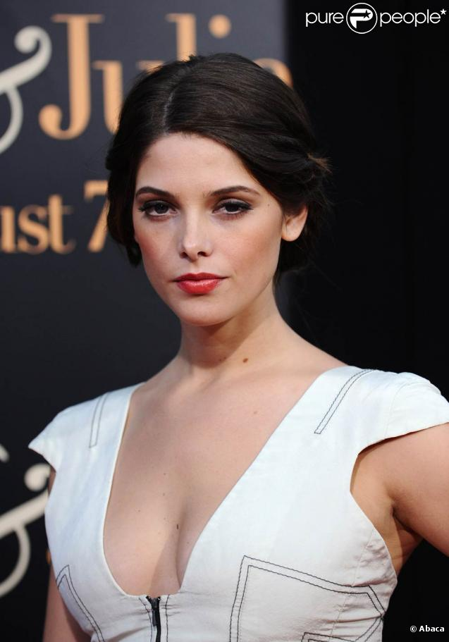 La belle Ashley Greene, lors de l'avant-première de  Julie et Julia , au Westwood Theatre de Los Angeles, le 27 juillet 2009 !