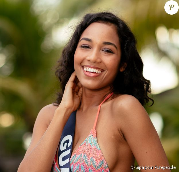 Miss Guadeloupe, Clémence Botino, lors du voyage Miss France 2020, à Tahiti, en novembre 2019.