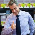 """Nicolas Sarkozy dédicace son livre """"Passions"""" à la librairie Filigranes à Bruxelles le 18 octobre 2019."""
