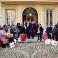 Le prince Albert II de Monaco et la princesse Charlène de Monaco lors de la remise des cadeaux de Noël à la Croix Rouge Monégasque à Monaco le 18 décembre 2019. © Bruno Bebert / Pool Monaco / Bestimage