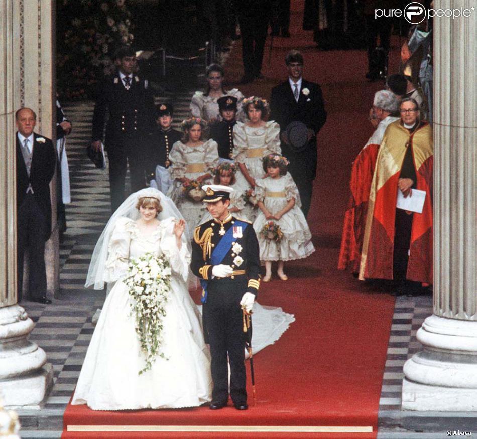 Afin De Donner Sa Main Au Prince Charles Lady Diana A Remis