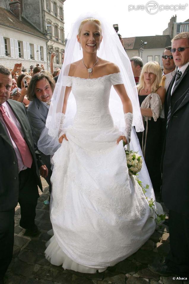 Elodie gossuin a opt pour un style n o romantique et for Code de robe de mariage de palais de justice