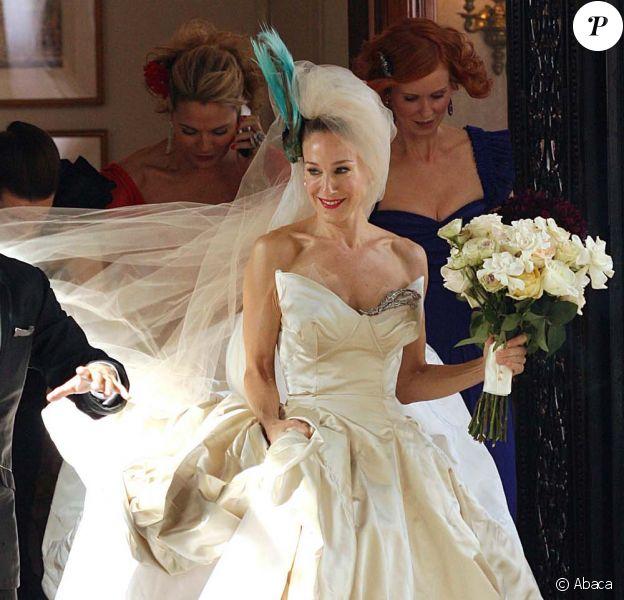 Depuis que Carrie Bradshaw l'a portée dans le film Sex and The City, vous en rêvez toutes. La superbe robe de princesse de Sarah Jessica Parker est signée Vivienne Westwood. Aucun Prince charmant ne pourra vous résister... même pas Mister Big