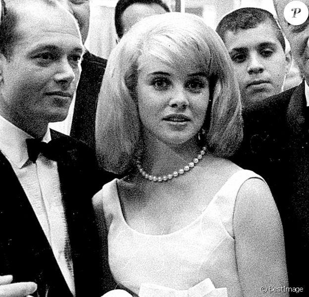Archives - Sue Lyon, la Lolita de Stanley Kubrick, est morte à 73 ans. 27/12/2019 - Los Angeles