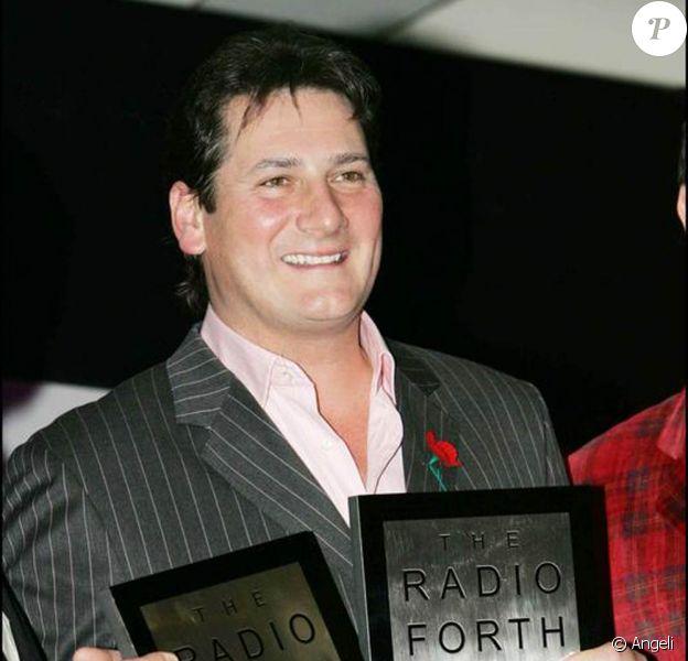 """Tony Hadley, en 2004, lors des """"radio forth awards""""."""