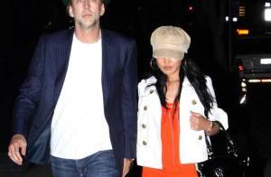 Quand Nicolas Cage sort avec sa charmante épouse... ils sont drôlement bien assortis !