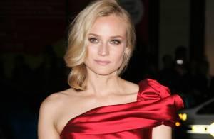 La ravissante Diane Kruger et les Basterds... tellement glamour en rouge et noir !