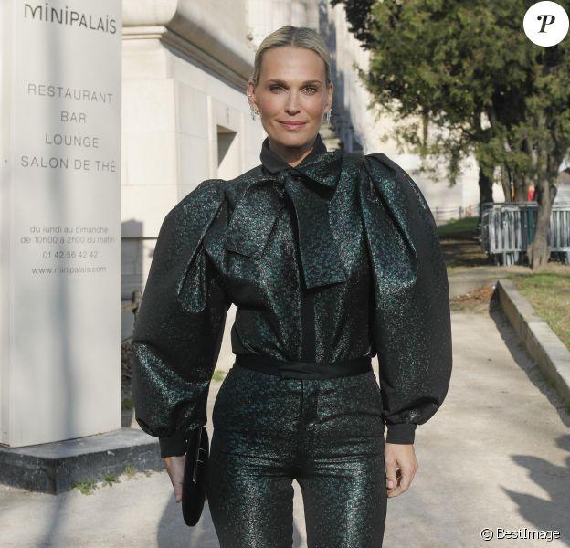 Molly Sims arrive au Grand Palais pour assister au défilé Haute Couture Elie Saab printemps-été 2020. Paris, le 22 janvier 2020. © Christophe Clovis - Veeren Ramsamy / Bestimage