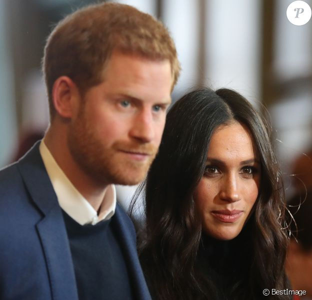 Le prince Harry et sa fiancée Meghan Markle lors d'une réception pour les jeunes au palais de Holyroodhouse à Edimbbourg, Ecosse le 13 février 2018.