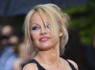 """Pamela Anderson mariée 12 jours à Jon Peters: elle regrette sa """"terrible erreur"""""""