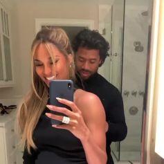 Ciara s'est retrouvée prisonnière de la robe qu'elle portait le 7 février 2020 pour le défilé Tom Ford à Los Angeles, dont le zip s'est cassé. Son mari Russell Wilson l'a aidée à se libérer après leurr retour chez eux.