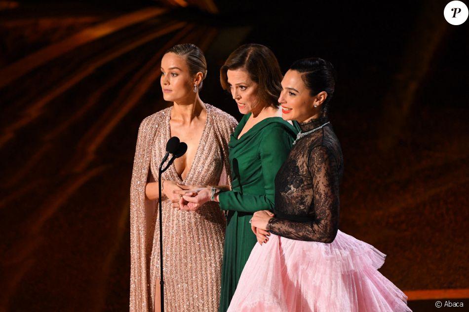 Brie Larson, Sigourney Weaver et Gal Gadot assistent aux 92e Oscars au Dolby Theatre. Hollywood, Los Angeles, le 9 février 2020.