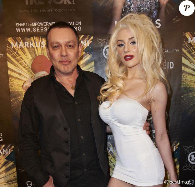 Courtney Stodden et Doug Hutchison à Los Angeles. Le 11 janvier 2013.