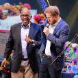 """Le prince Harry et le prince Seeiso du Lesotho au concert caritatif de la Fondation """"Sentebale"""" au Kensington Palace à Londres, le 28 juin 2016."""