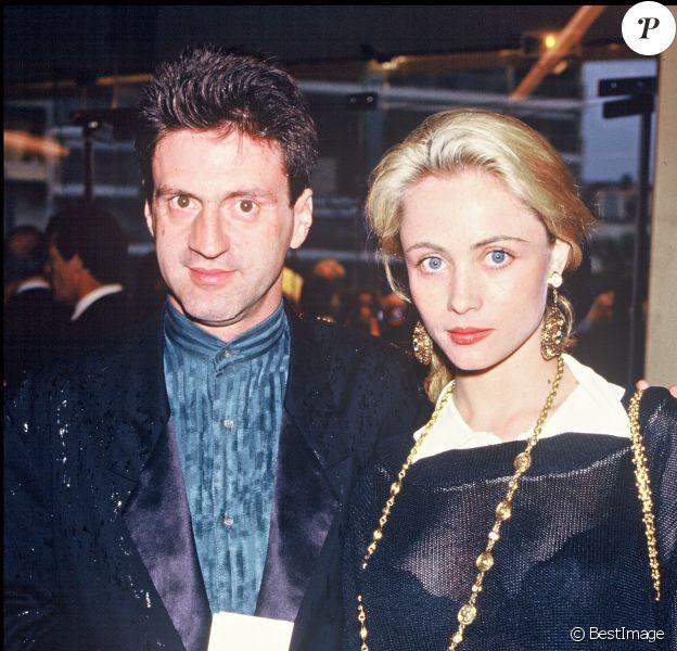 Archives- Daniel Auteuil et Emmanuelle Béart lors du festival de Cannes, en 1987.