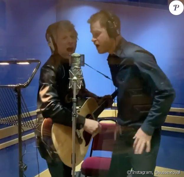 Jon Bon Jovi et le prince Harry enregistrent une chanson avec la chorale des Jeux Invictus, aux studios Abbey Road. Londres, le 28 février 2020.