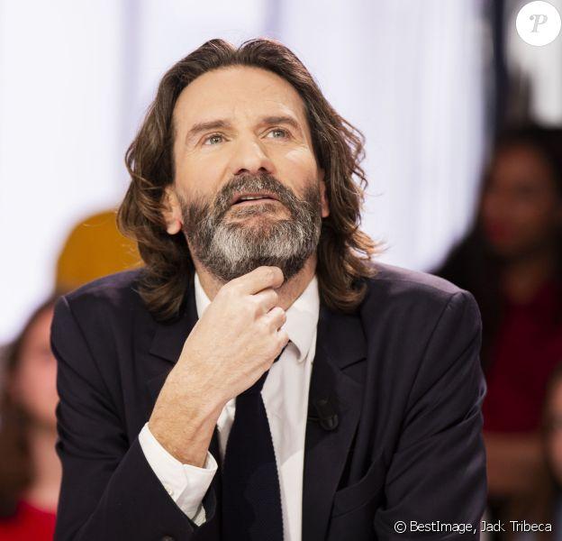 """Exclusif - Frédéric Beigbeder - Enregistrement de l'émission """"Clique"""" présentée par M. Achour sur Canal Plus à Paris, le 20 janvier 2020. © Jack Tribeca/Bestimage"""