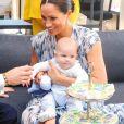 Le prince Harry et Meghan Markle avec leur fils Archie au Cap en Afrique du Sud le 25 septembre 2019.