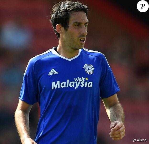 Peter Whittingham, ancien joueur de Cardiff City, est mort le 19 mars 2020 à l'âge de 35 ans, après avoir fait une chute dans un pub le 7 mars.