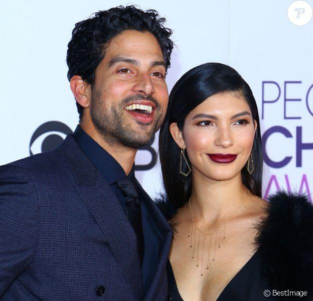 Adam Rodriguez et sa femme Grace Gail - Arrivées à la soirée des People's Choice awards à Los Angeles, Californie, Etats-Unis, le 18 janvier 2017.