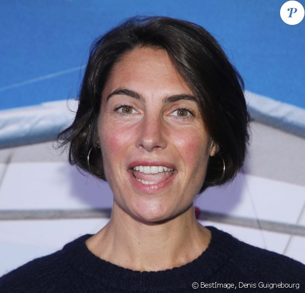 """Alessandra Sublet à l'avant-première du film """"Donne-moi des Ailes"""" au cinéma UGC Normandie à Paris, le 6 octobre 2019. ©Denis Guignebourg/Bestimage"""